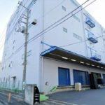 《貸倉庫》東名高速道路厚木ICから900m!準工業地域の鉄骨造5階建の大型倉庫!